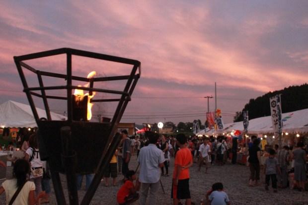 8月26日開催 「志津川湾かがり火まつり福興市」