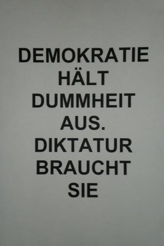 https://i2.wp.com/www.m-lk.de/Bilder/Politische-Kunst/AH-007/AH-500/116.adolf_hitler_007.vernissage.massenmoerder.massmurderer.politische_kunst.political_art.kuenstler.artist.christian_staudinger.jpg