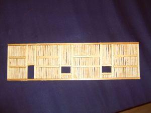 Seitenwand des Lokschuppens