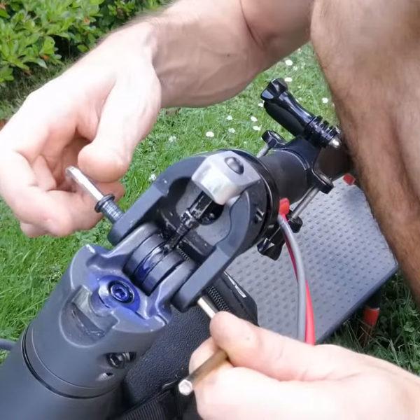demontage axe xiaomi m365