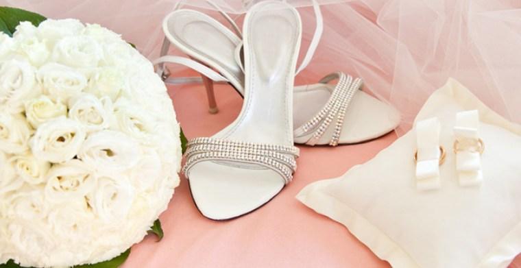 chaussure-bouquet-mariee