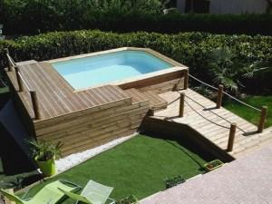 Terrasse bois pour psicine avec ponton
