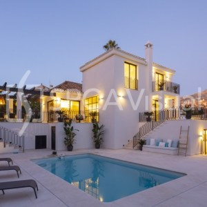 Luxury Villa -Hill33 – Nueva Andalucia, Spain