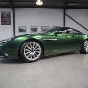 Aston Martin Project Vantage 2000