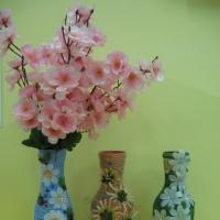 Workshop o výrobě vázy zdobené papírovým provázkem