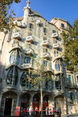 Weirdest front in history - Casa Battló
