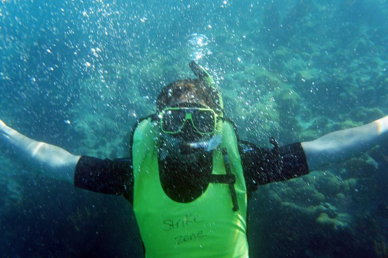 Manu snorkelling