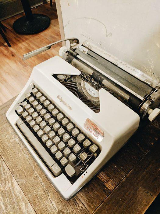Resolutions Machine a ecrire