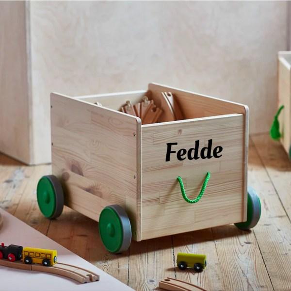 speelgoedkist op wielen met naam