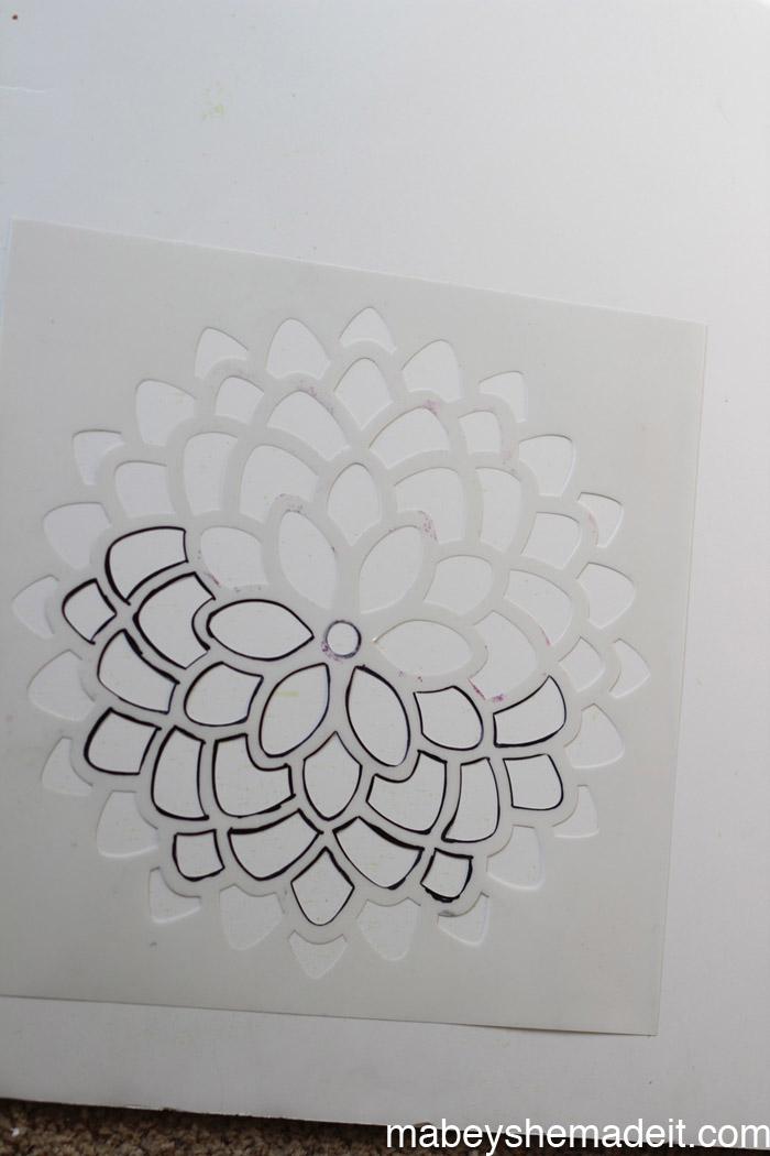 Stenciled Arch with Ombre | Mabey She Made It #stencil1 #stencil #ombre