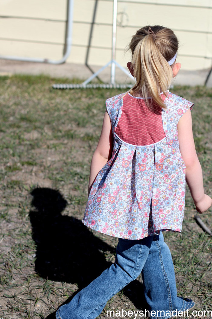 Fawning over the Fawn Lily Top   Mabey She Made It #fawnlily #sewing #kidsclothes #willow&co