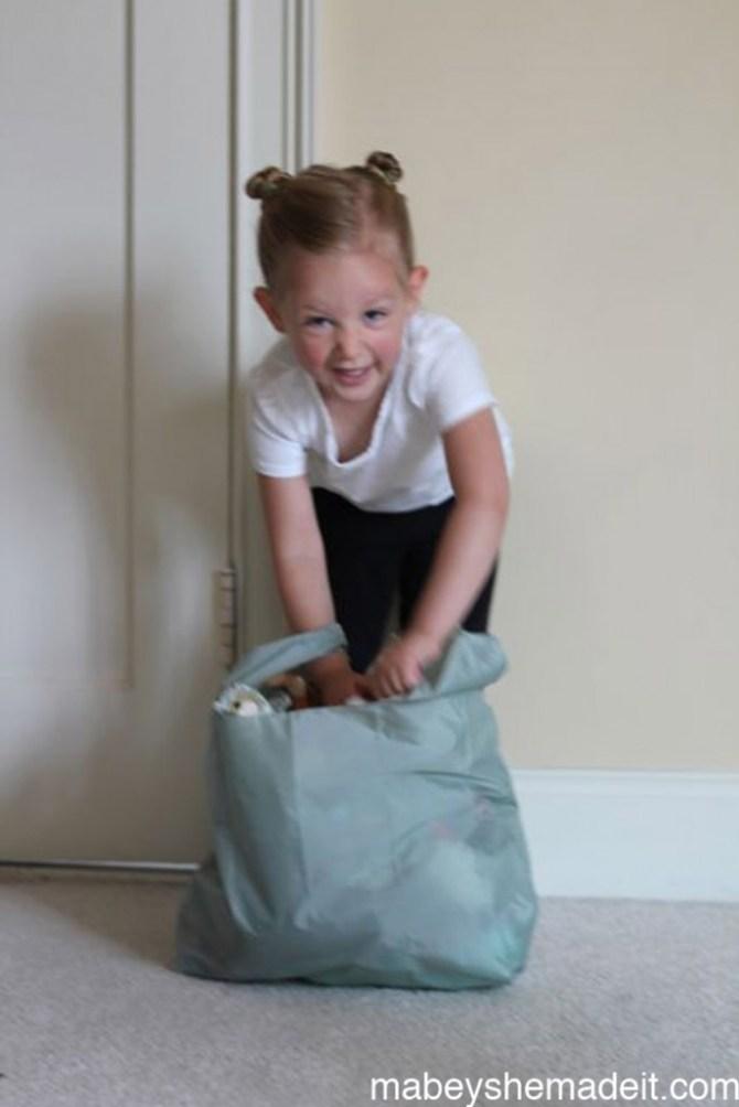 Baggu-style Reusable Bags | Mabey She Made It #earthday #green #reusablebags #baggu