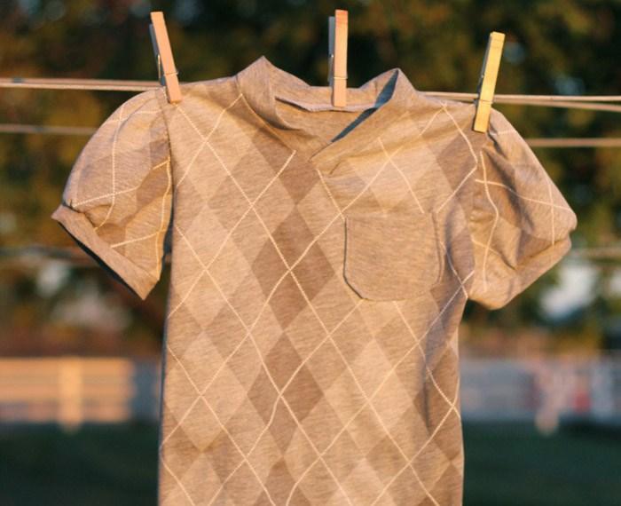 Vintage V-neck Tee | Mabey She Made It #kidsclothesweek #blankslatepatterns