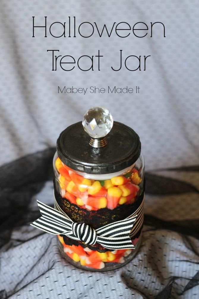 Halloween Treat Jar | Mabey She Made It | #halloween #halloweendecor #decor #masonjar #candycorn