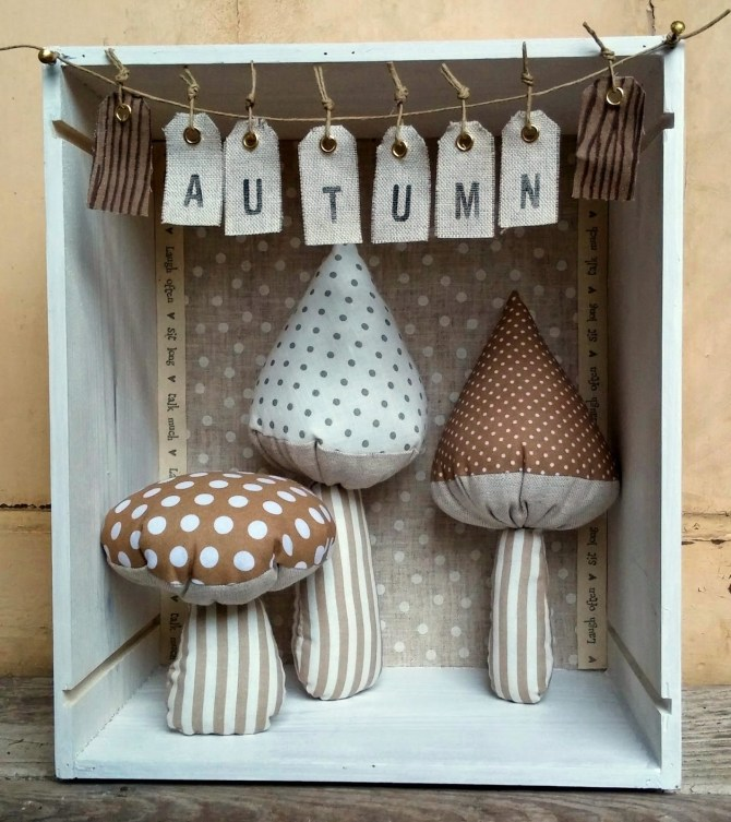 Peggy_Journal_autumn_decoration_mushrooms