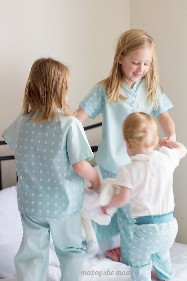 Make your kids' Christmas pajamas with this fun pattern. Sewn by Mabey She Made It.