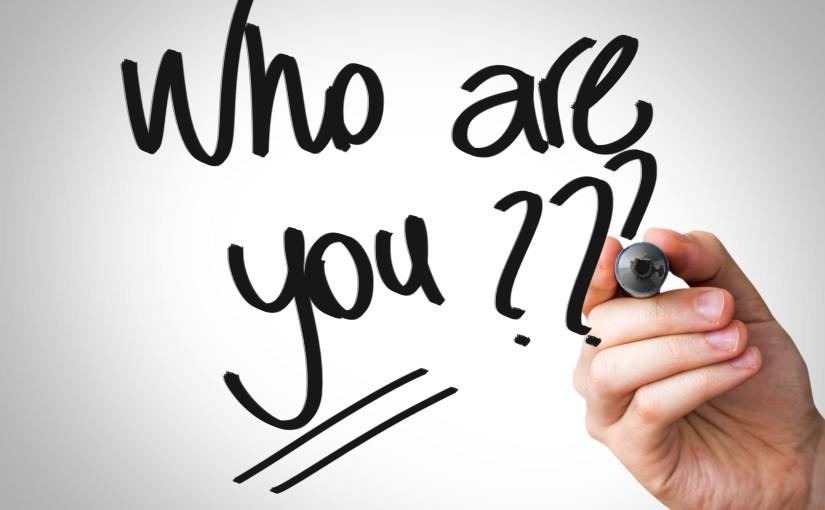 Présentation de soi sur les réseaux sociaux: un besoin à satisfaire