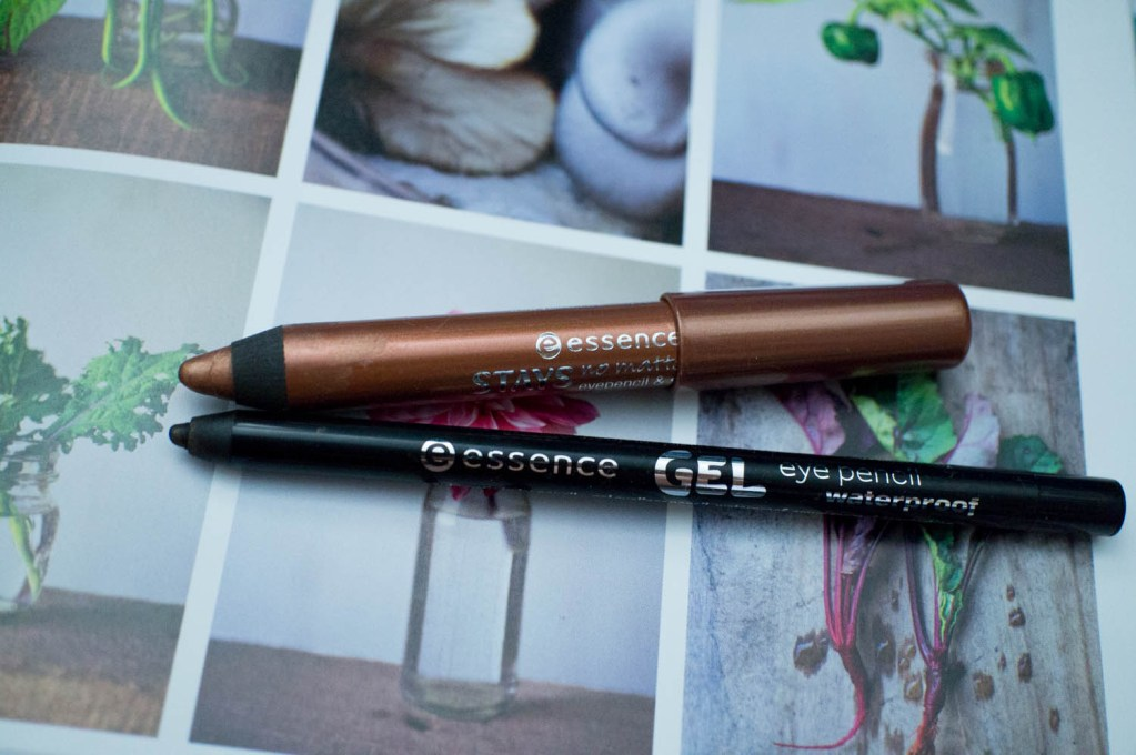 Simple, Quick Eyes ft Essence Cosmetics Gel Eye Pencil & Stays No Matter What Eye Shadow Pencil