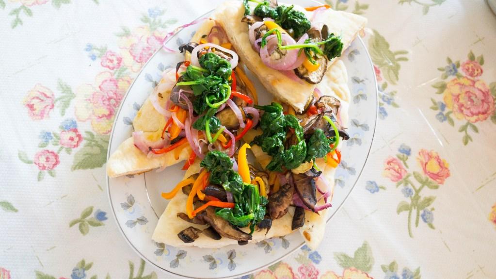 Chefs Plate | Garlic Shrimp & Primavera Pizza