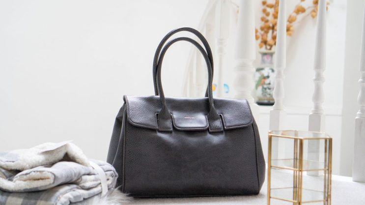 matt-and-nat-clarke-satchel