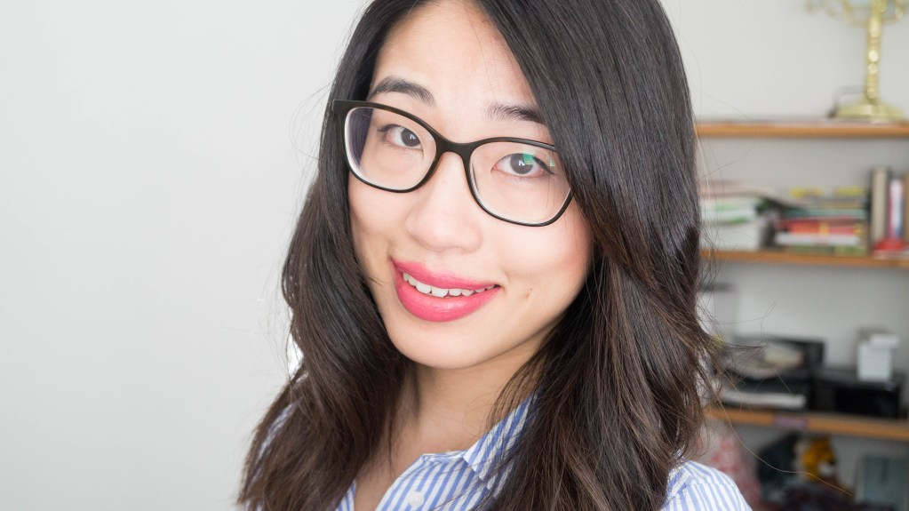 Five Reasons Why I Wear Glasses Over Contact Lenses