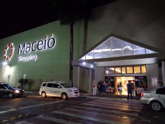 entrada do maceio shopping