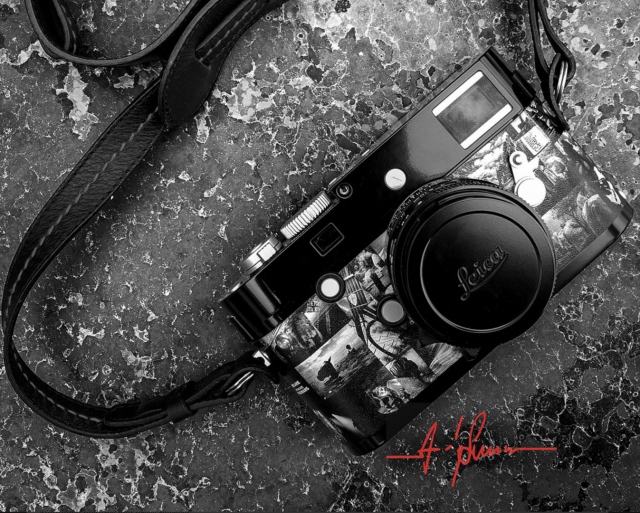 Coated in black paint with a montage of Andy Summers's masterpieces, the Signature monochrom is limited to just 50 pieces