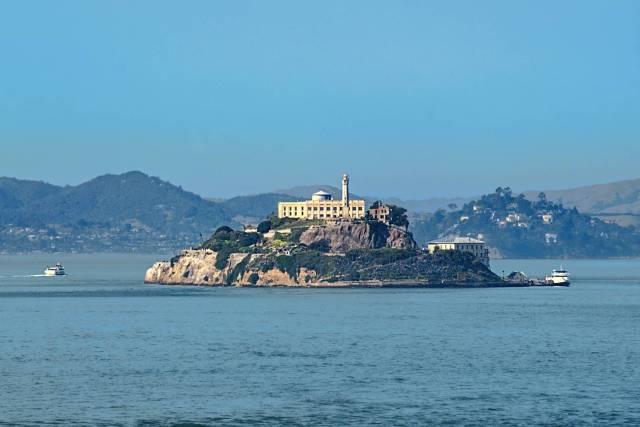 Alcatraz Island, X-T2 and 50-140mm at 140mm