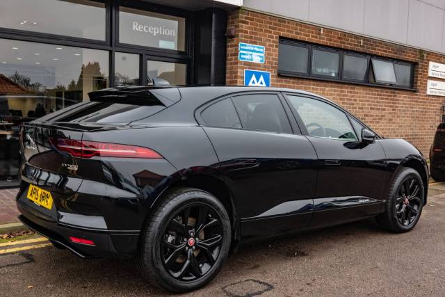 Black with offwhite... the Jaguar Monochrom. WIll it ever look this clean again? The answer is, probably, no.