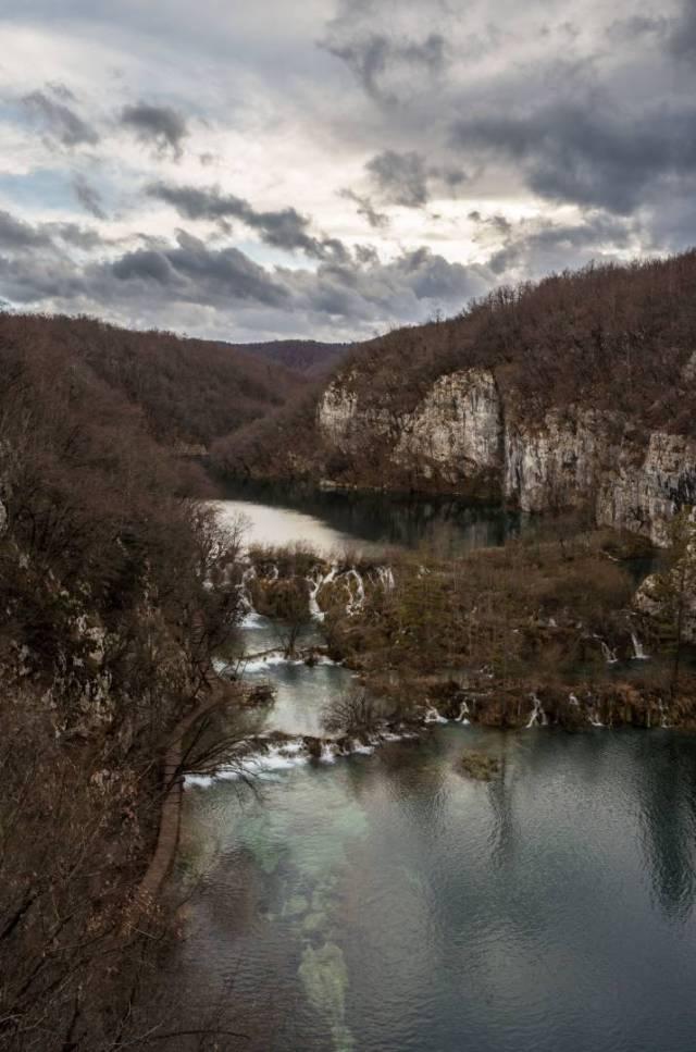 The Milke Trnine waterfalls in winter with Milanovac Lake above and Gavanovac Lake below
