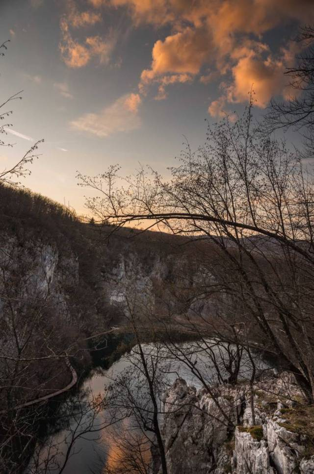 Evening light, Kaluderovac Lake