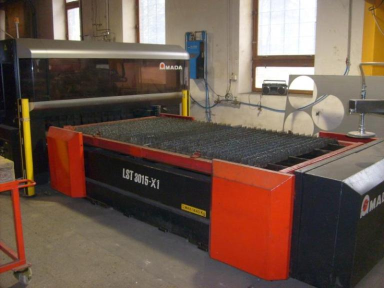 taglio laser Amada LC3015 X1 NT usato in vendita