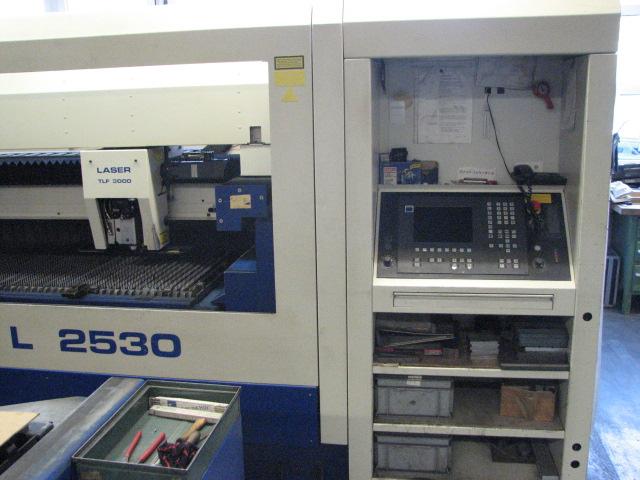taglio laser Trumpf TC-L2530 usato in vendita