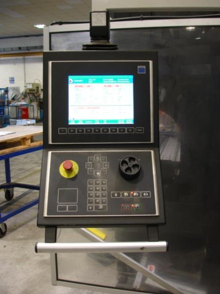 TrumaBend C120 vista pannello di controllo