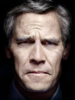w-josh-brolin-as-bush