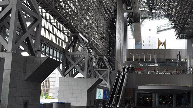 京都駅ビルの画像