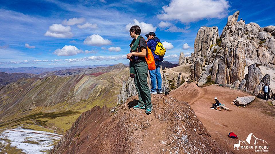 1-day tour to palcoyo rainbow mountain