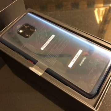 Huawei Mate 20 Pro, unboxing e primi scatti fotografici con il terminale