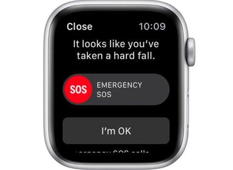 Apple Watch chiama i soccorsi dopo un'incidente in auto