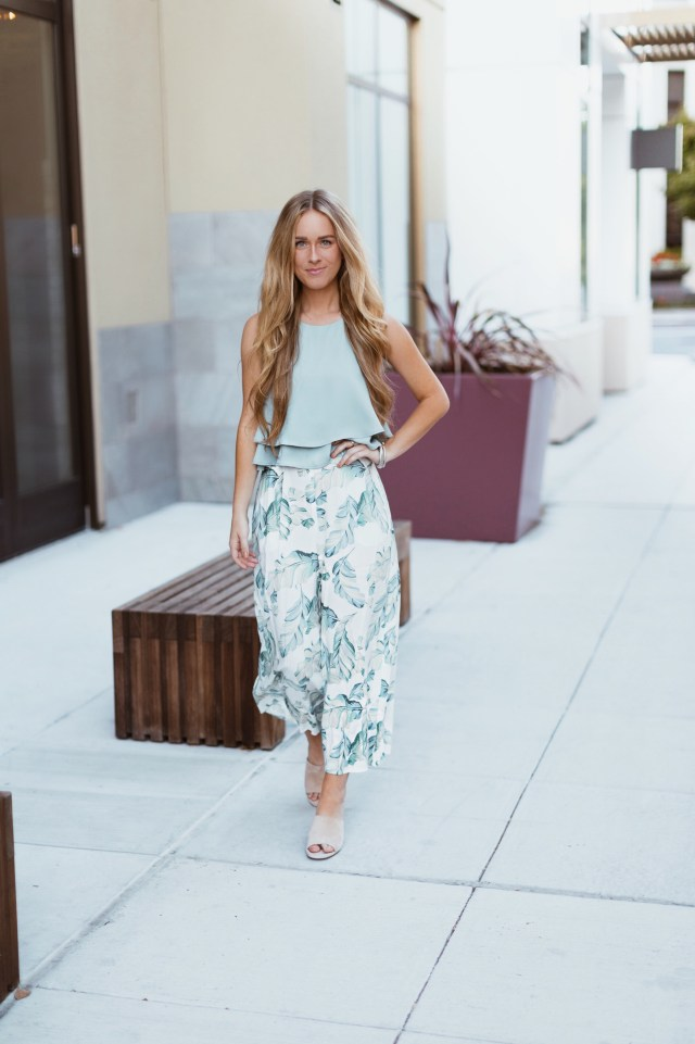show me your mumu leaf me breeze culottes + sage king crop top