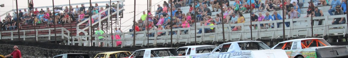 Street Stocks will be racing for big money this Saturday at Macon Speedway (Double J Photo)