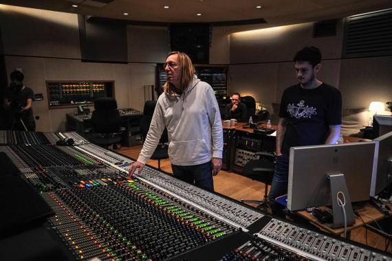 Chuck Ainlay at British Grove Studios