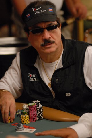 Humberto Brenes Poker