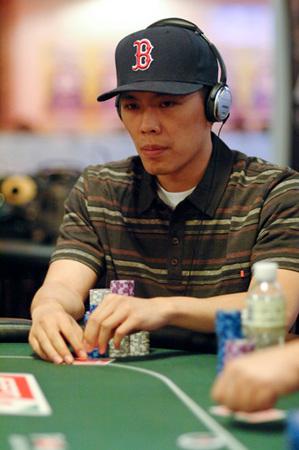 Nam Le Poker
