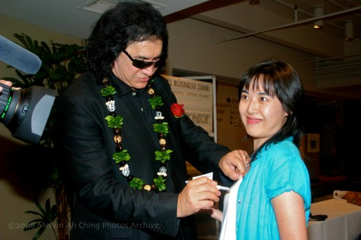 KISS Gene Simmons & Fan