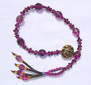 macrame pattern bracelet micro-macrame