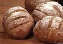 Pan caserito brie black con semillas de lino, girasol, avena y miel