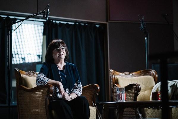 Béres Ilona (Pissy hangja) interjú közben. - Fotó: Szemerey Bence