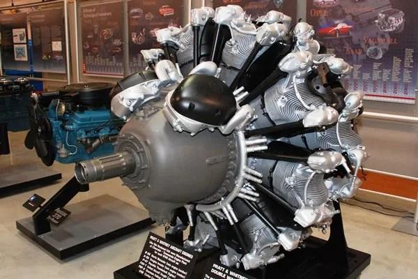 1939 Pratt & Whitney R-2800