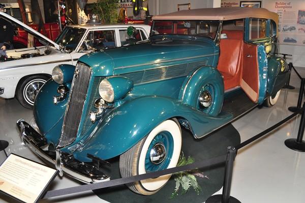 1935 Studebaker President Convertible Sedan